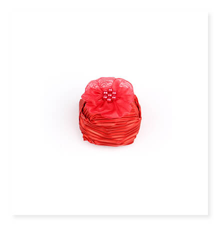 Dekorlu Elmas Kırmızı